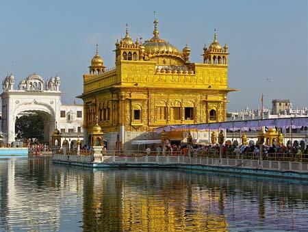 Templo-de-Oro-de-Amritsar